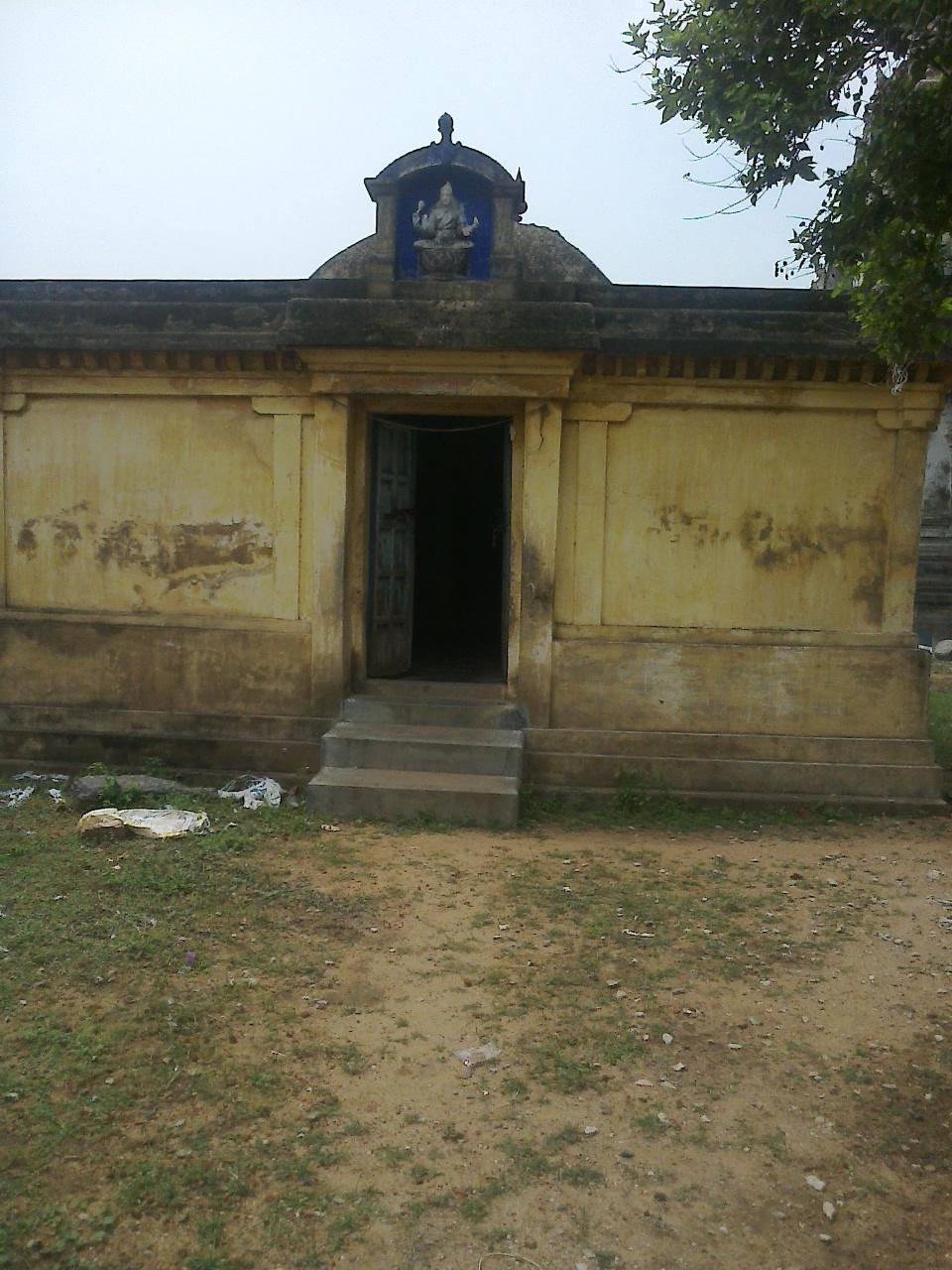 Sri Thamaraiyal Kelvan Perumal Temple (Thiru Parthanpalli) Seerkazhi - Divya Desam 40