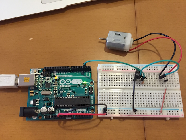 arduino_with_dcmotor_circuit4.jpg