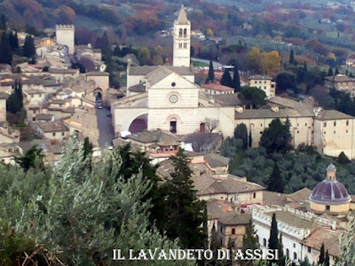 Assisi Basilica di Santa Chiara Panorama