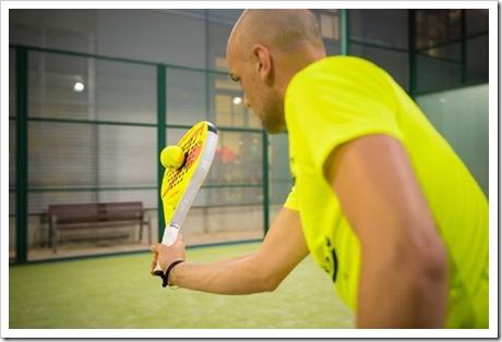 Distancia de la pelota a la hora de impactar (flexión antebrado)