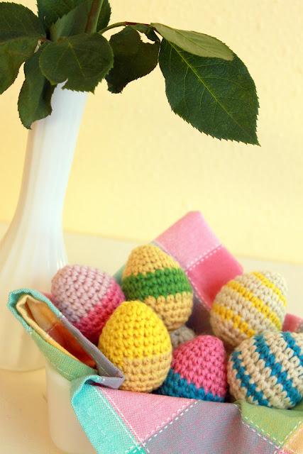 Free Easter Egg Crochet Pattern
