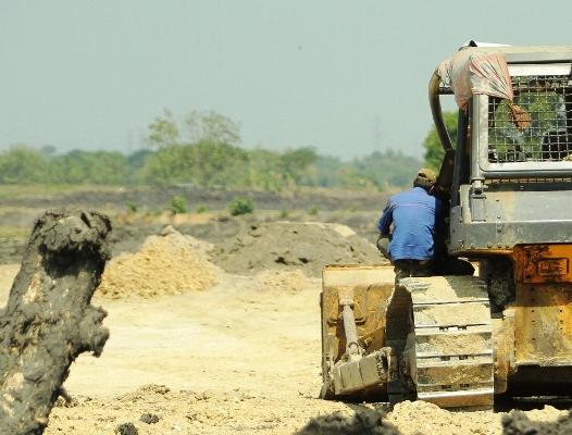 Penambang Galin C di Ngawi, dituding dewan makin berlebihan karena melakukan kegiatan dilokasi bukan zona pertambangan