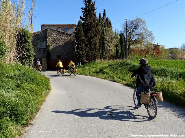 bicicleta-pueblos-interior-girona.JPG