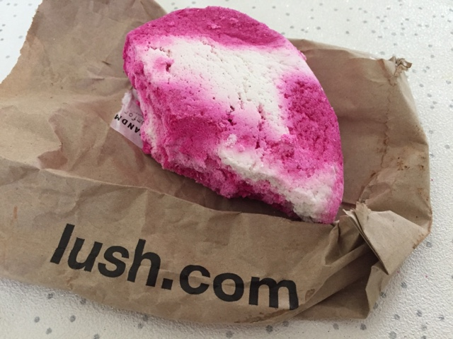 lush-bubble-bar