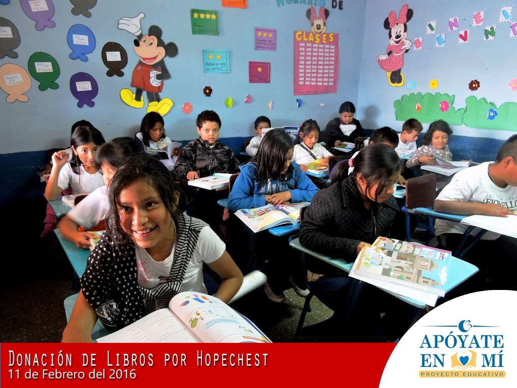 Donacion-de-Libros-de-Texto-por-Hope-Chest-09