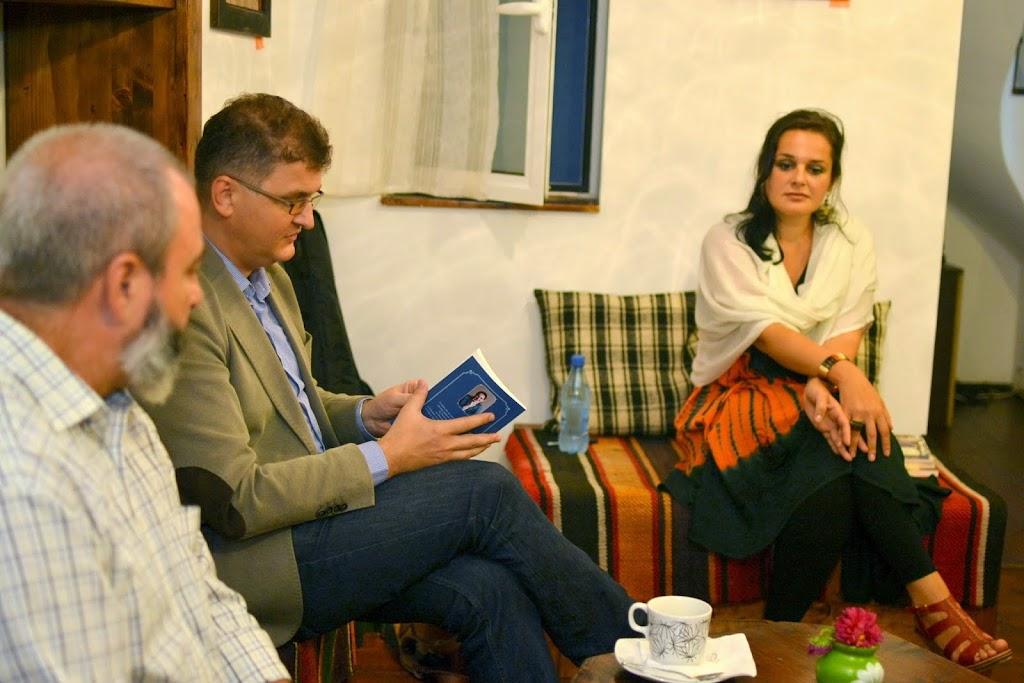 Seara literara - Editura Eikon lanseaza patru carti, La Vulturi (2014.09.03) 041
