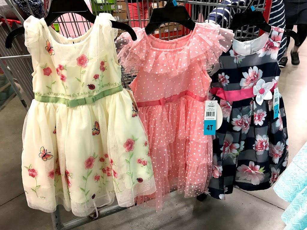 62e23a16ede6d コストコには常時、素敵なガールズドレスが並んでいます!商品がなくなるタイミングで新商品がよく登場しています!種類の多さはコストコだから、凄いですよ!
