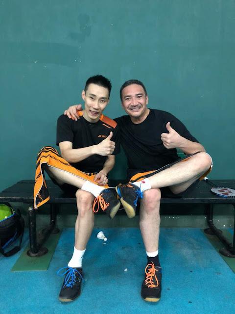 Hishamuddin main badminton dengan Lee Chong Wei