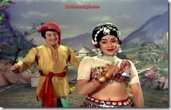 Kanchana Hot 35