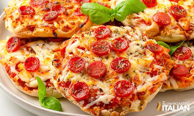 English Muffin Pizzas (Air Fryer)