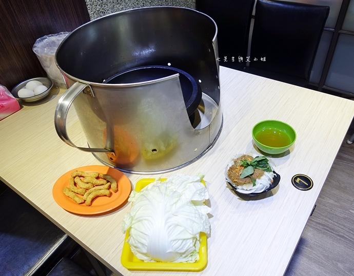 8 雅香石頭火鍋 新北新莊 西門町老店