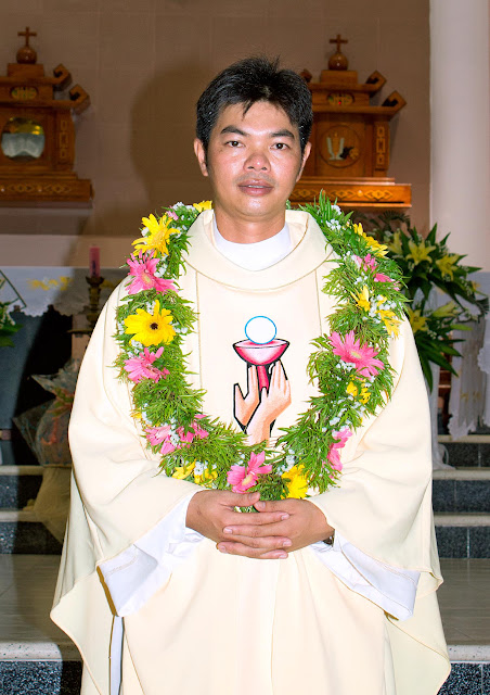 Thánh Lễ Tạ Ơn Của Tân Linh Mục Đaminh Nguyễn Việt Khoa (SCJ) tại Giáo xứ Vĩnh An