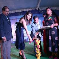 Rashi Khanna at HITAM College Event (25).JPG
