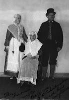 Schuitmaker, Yme + 2 dochters 1930.jpg