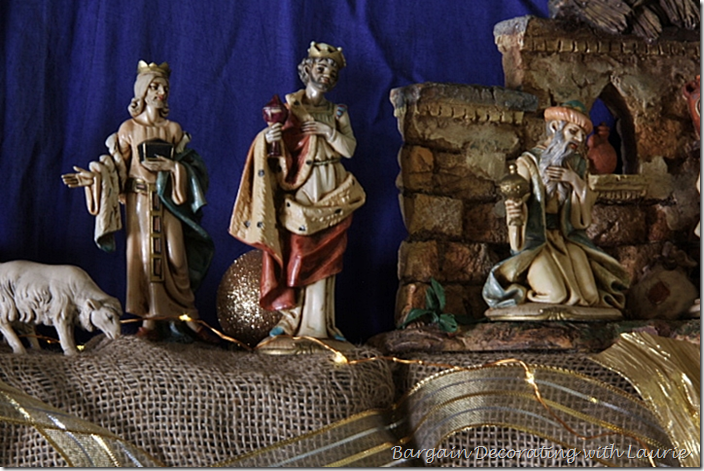 Fontanini Three Kings on Cchristmas Mantel