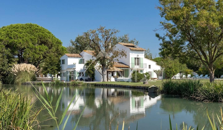 Propriété avec piscine Saintes-Maries-de-la-Mer