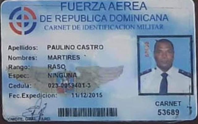 Al Capo Mártires Paulino Castro, se les ocupó un carnet  de la Fuerza Aérea