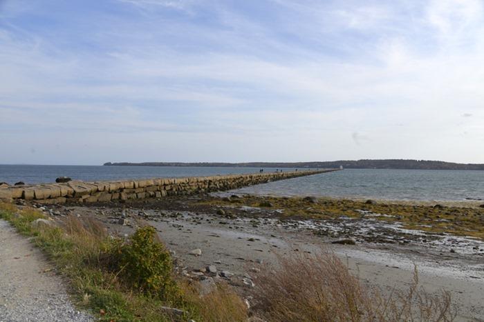 rockland_breakwater_lighthouse_1