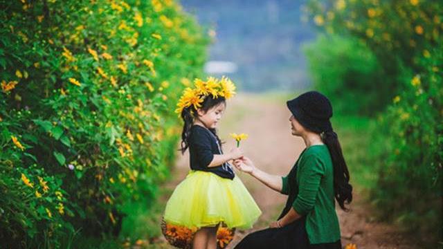Bạn và Mẹ
