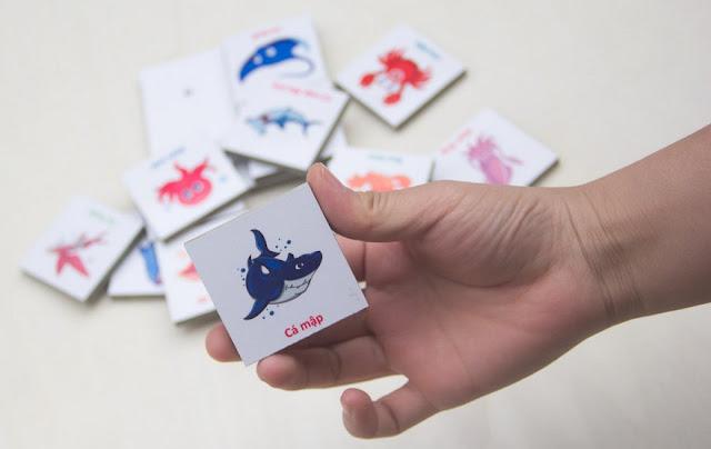 Đồ chơi gỗ Nhận biết 32 Sinh vật biển bao gồm 16 miếng vuông