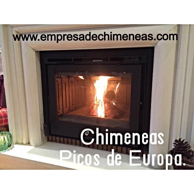 Chimeneas picos de europa chimenea de le a foto for Cassettes para chimeneas