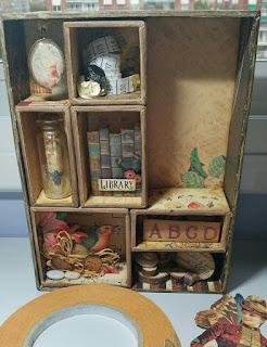 Cajitas en interior de caja