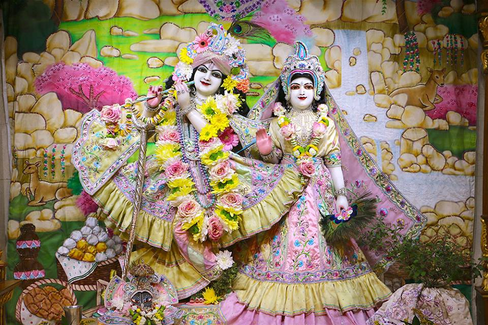 ISKCON London  Deity Darshan 22 July 2016 (1)