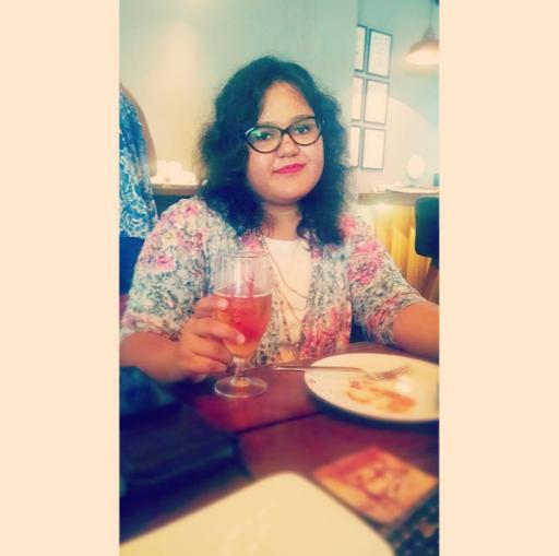 Anisha Ahuja Photo 15