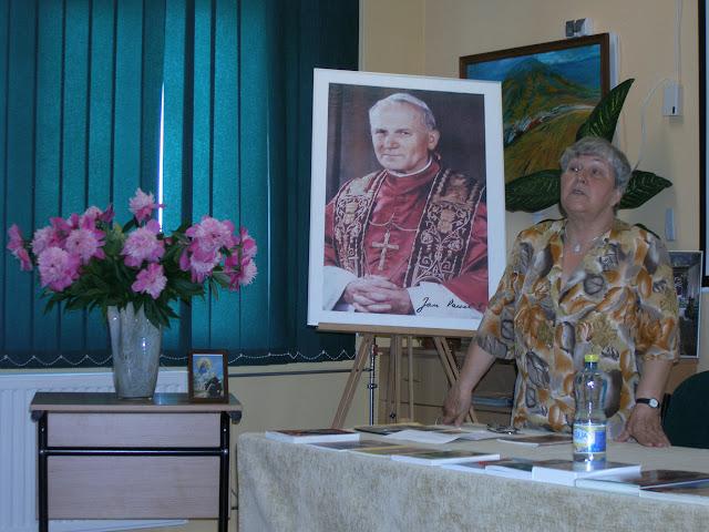 Spotkanie z autorem książek o św. Janie z Dukli i św. Janie Pawle II – Jadwigą Nowak - P6120075.JPG
