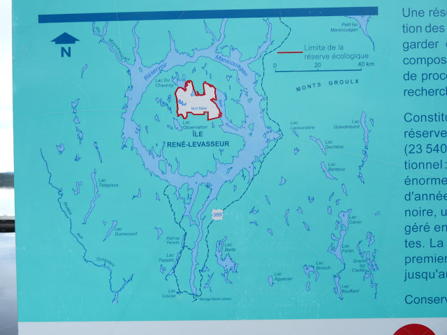 Lac Fourchette, where we hunted, is in the lower SW corner of l'Ile Rene-Levasseur