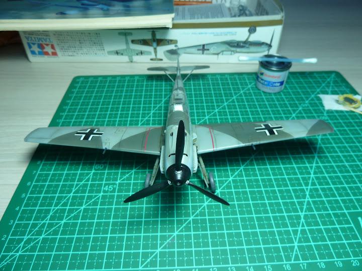 Bf-109 E-3 Tamiya 1/48 - Reforma pintura P1020571