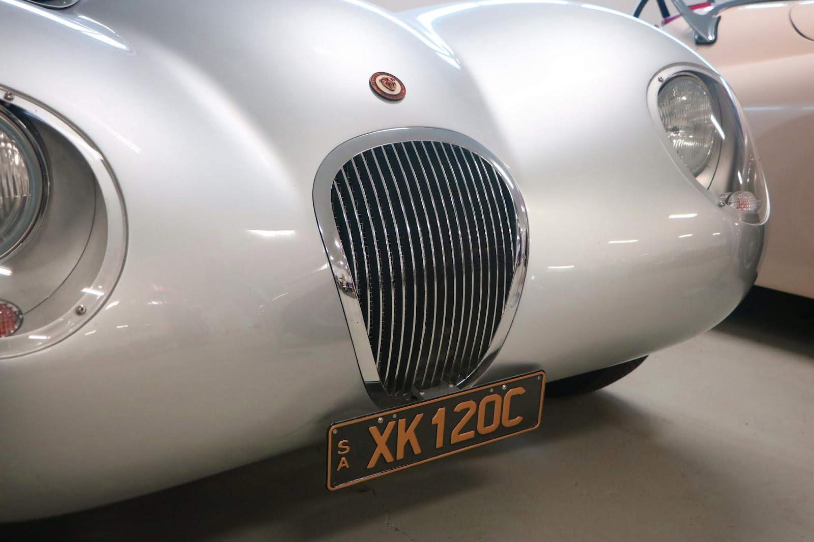 Carl_Lindner_Collection - XK120C Replica 10.JPG