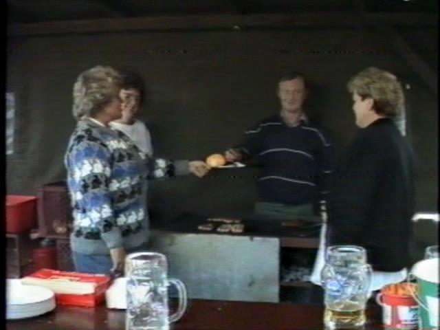 1988FFGruenthalFFhaus - 1988FFSLoreHHansL.jpg