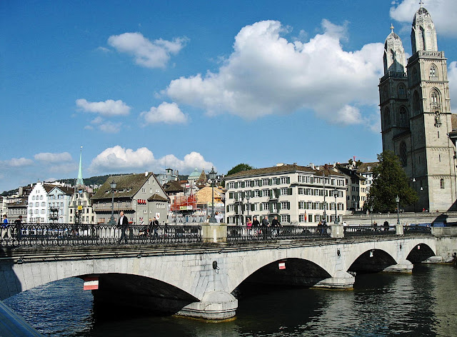 bridge across the Limmat river