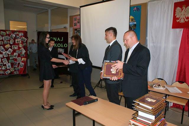 Pożegnanie klas 3 gimnazjum - DSC03115_1.JPG