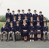 1988_class photo_Owen_1st_year.jpg