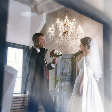 Wedding photographer Olga Bogatyreva (Olyoli). Photo of 18.10.2017