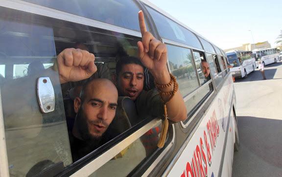 Exchange of Gilad Shalit for 1027 Arab Prisoners Arabs3