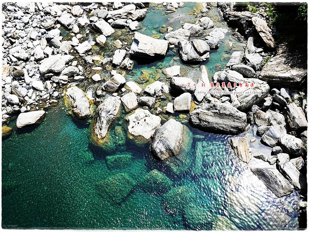 29 清澈的溪水