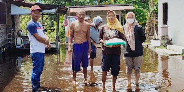Legislator Kota Ini Peduli Warga yang Terdampak Banjir