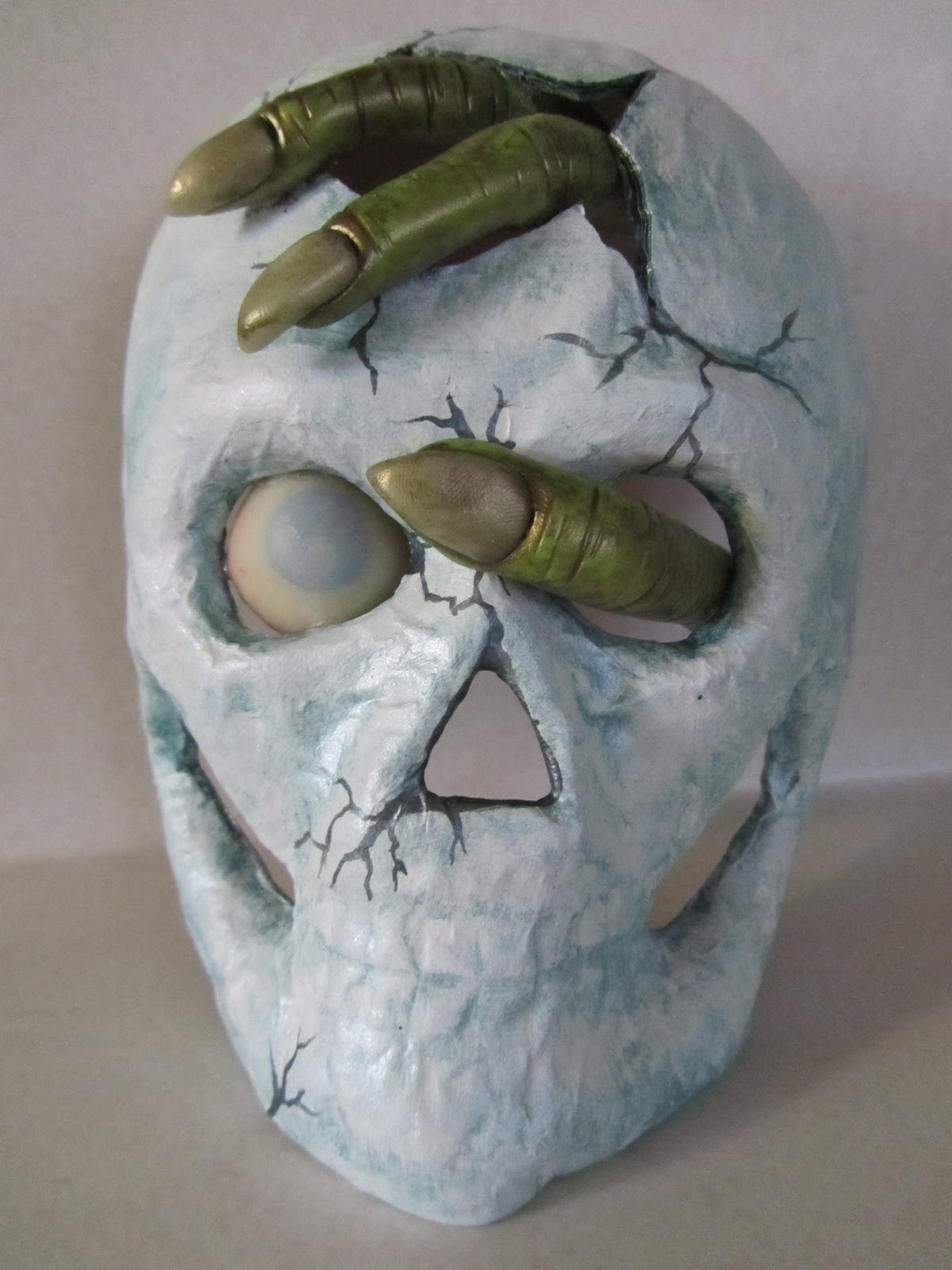 Haunted design house thrashed out thursday for Paper mache mash