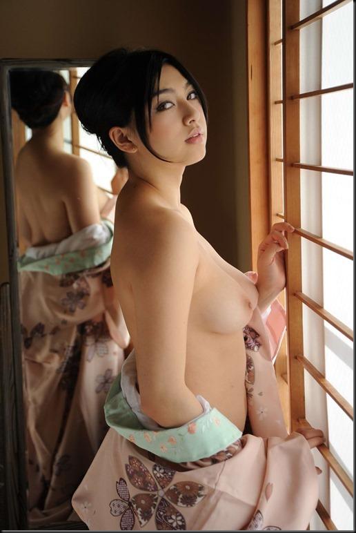 Saori Hara in Kimono_246748-0066