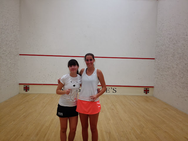 Women's 3.0 winner Ideal Dowling, and Claire Davidson, finalist