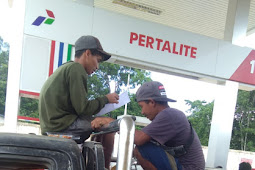Di Duga Tidak Sesuai Dengan Program Presiden Jokowi, SPBU Kompak 66.796.002 Kecamatan Sokan Kabupaten Melawi Abaikan Antrian Roda 2 dan 4
