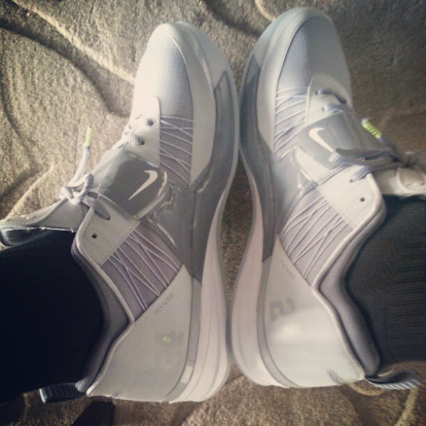 King James Shows Off Nike Zoom Revis in Cool Grey