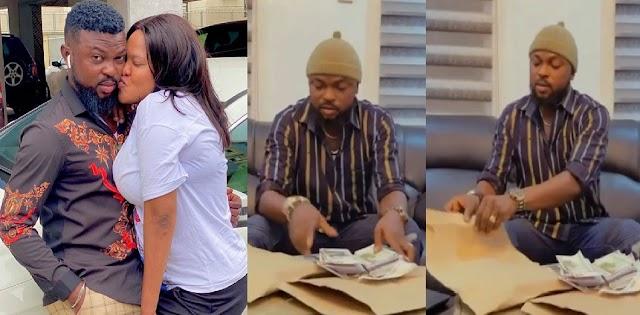 'He Who Loses Money, Loses Much'— Toyin Abraham's Husband, Kola Ajeyemi Says As He Flaunts Stacks Of Money