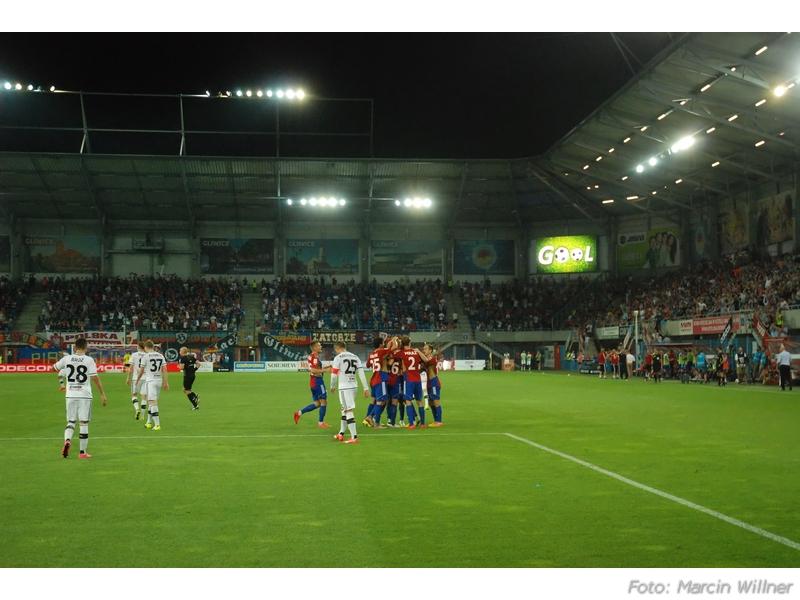 Piast vs Legia 2015-08 20.jpg