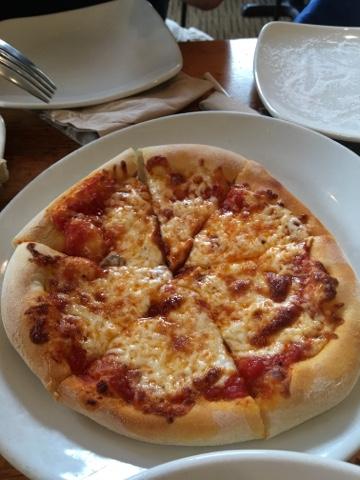 Hawaii Mom Blog: Lunch at California Pizza Kitchen at Pearlridge ...
