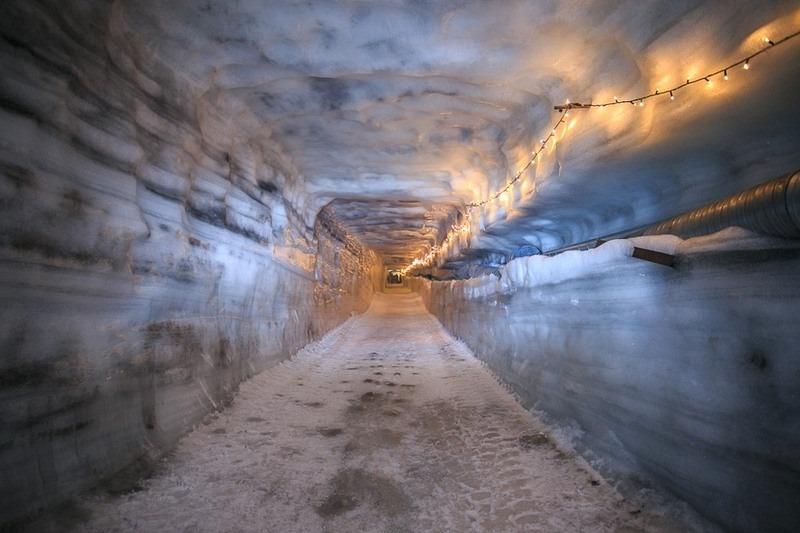 into-the-glacier-9