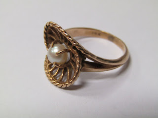 14 K Gold & Pearl Ring